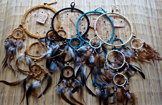 Dream Catcher Leather 6""